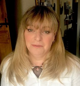 Anita joins aromatherapy Board of Directors in America.